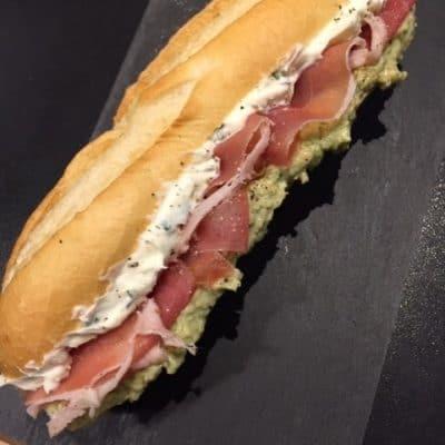 Broodje Zwartbol